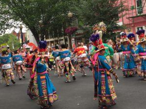 Parade2016ean_1665
