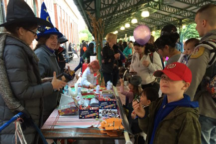Yummy treats and beads to string - Halloween 2016